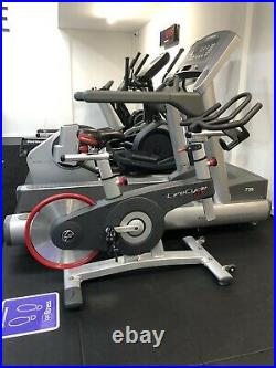 Life Fitness GX Indoor Studio Bike Exercise Gym Cycle Used Includes Computer