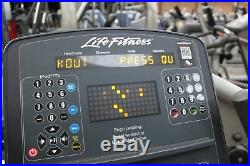 Life Fitness Integrity Series Upright Bike 95Ci Commercial Gym Equipment