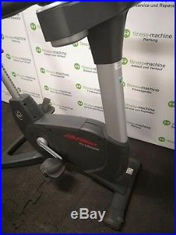 Life Fitness Upright Bike 95C Engage TOP ZUSTAND