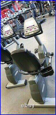 Matrix Fitness Commercial R1x-U Recumbent Cycle (Commercial Gym Equipment)
