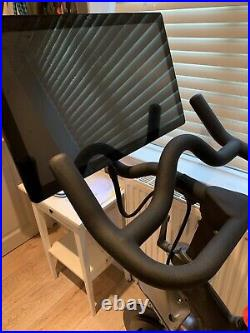 Peloton Spin Bike immaculate condition used less than 10 times perfect for home